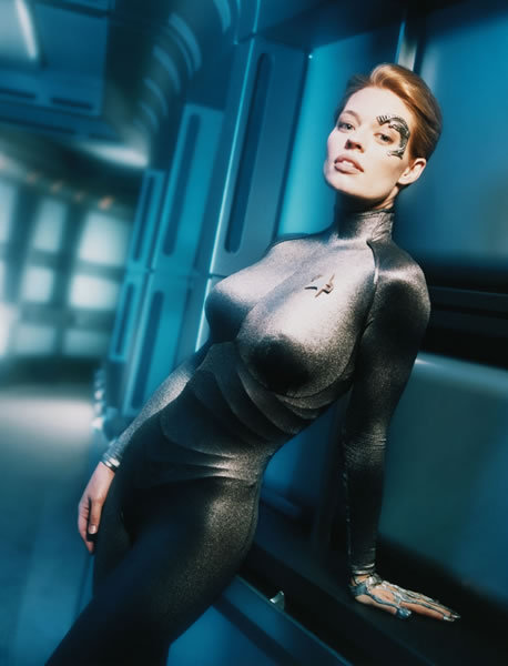 Busty alien chick