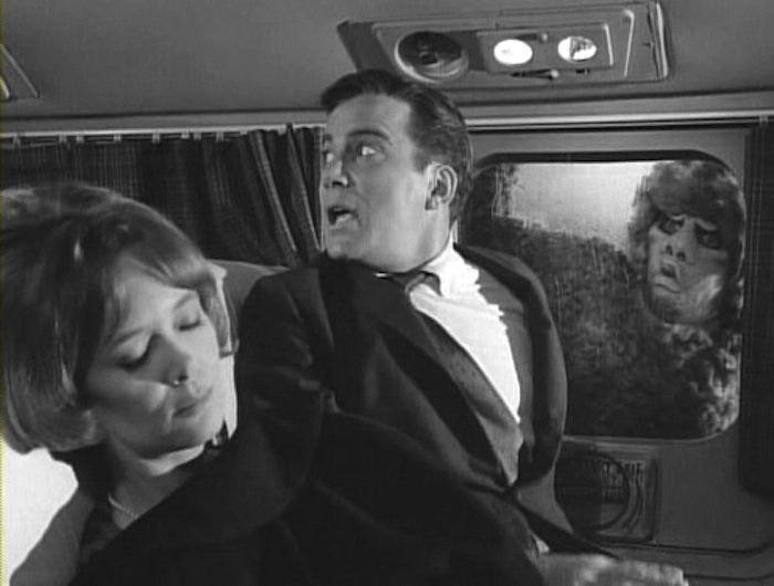 shatner-twilight-zone-airplane