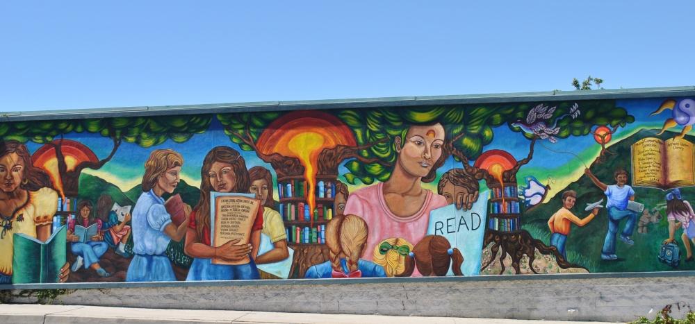 trump-wall-mural
