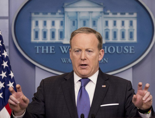 sEAN SPICER AIR QUOTES